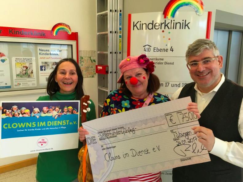 Spendenübergabe HCM in der Kinderklinik - vielen Dank!